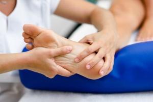 семинар Основы подологии, заболевания ногтей и кожи: онихолизис, грибок ногтя, проблема вросшего ногтя картинка