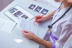 Лабораторная диагностика - фотоизображение